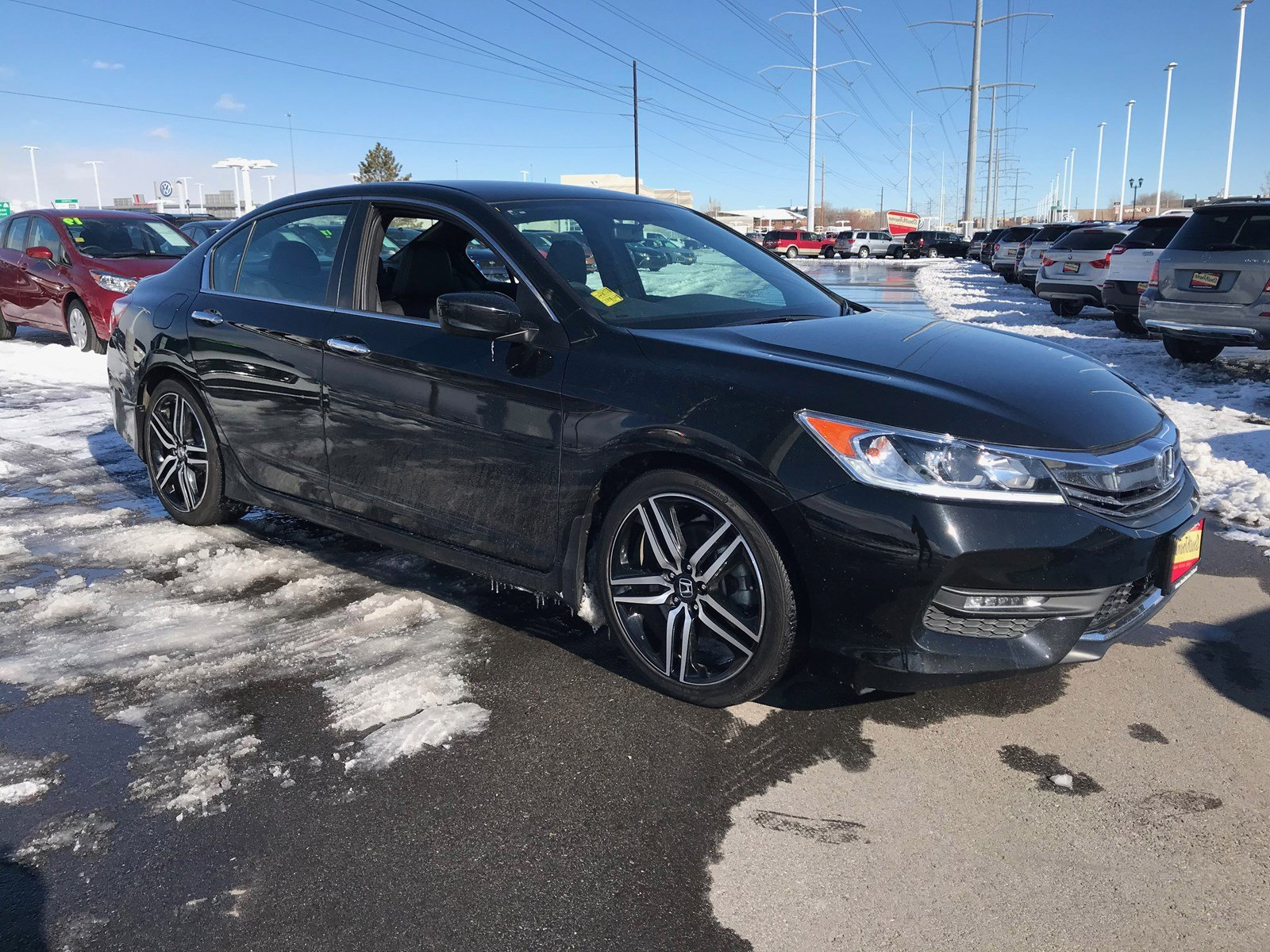 Pre-Owned 2017 Honda Accord Sedan Sport