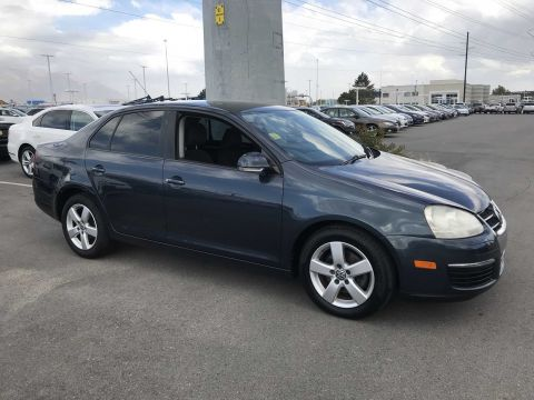 Pre-Owned 2009 Volkswagen Jetta Sedan S
